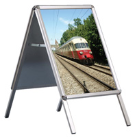 <li> Aluminium snap frames<br><li> Heavy backside<br><li> For outdoor use<br><li> With mitred or rounded corners