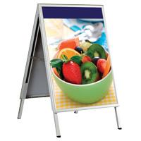 <li> lichtgewicht stoepbord met Opti-Frame kliklijsten<br><li> Geschikt voor indoor gebruik<br><li> Leverbaar in A1 formaat