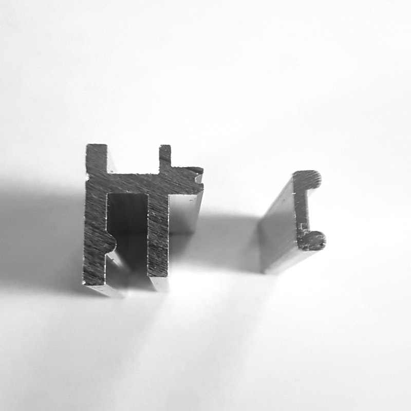 Tension clip for Alusmart 81, 130 and 205 mm