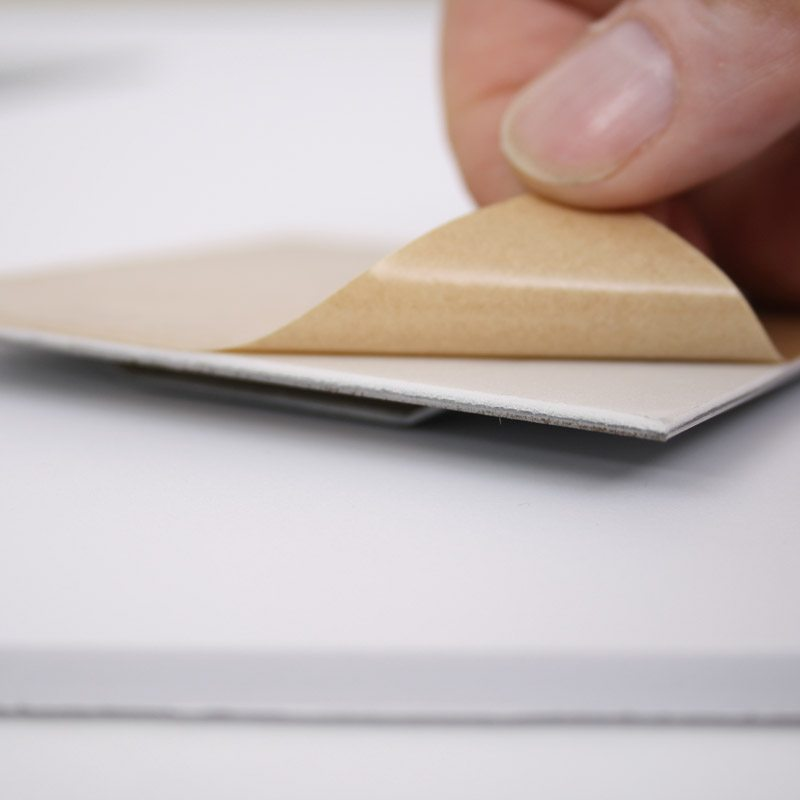 Cintre de plaque auto-adhésif 100 x 100 mm