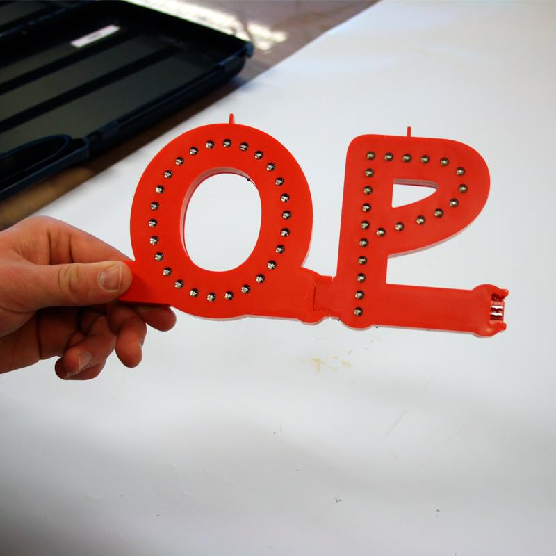 Smart led letter red v