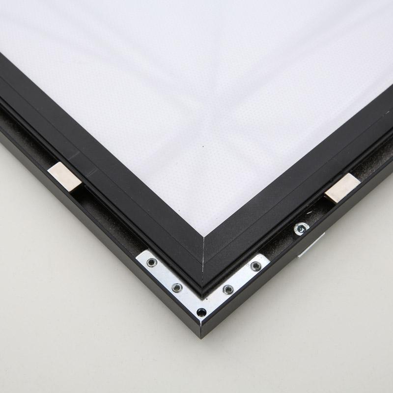 Magneco LED Box B2 zwart