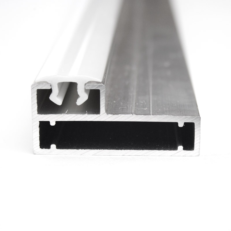 Clip frame profile 22 mm for pile wall with white clip profile