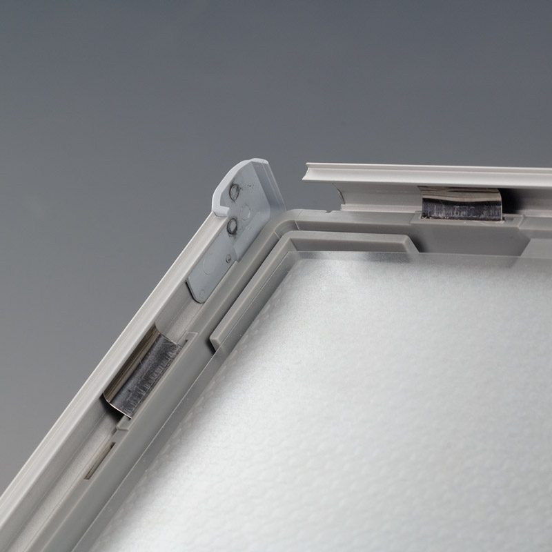 Opti frame 14 mm mitred A5