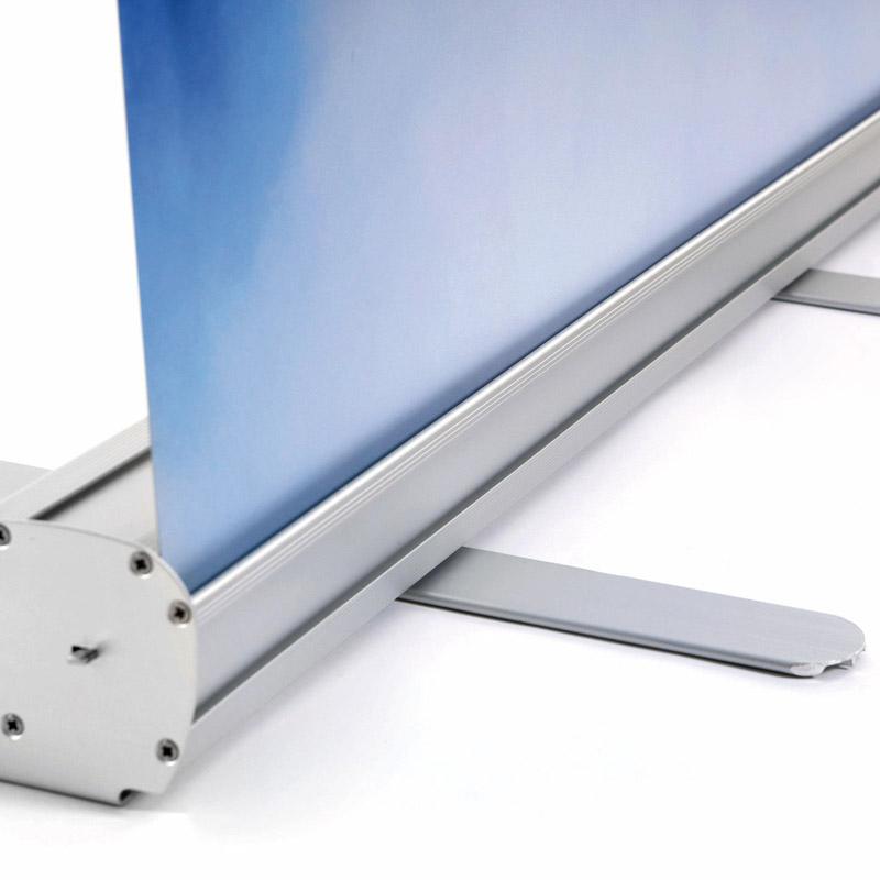 Roll Banner mit Aluminium Endkappen 800 x 2000 mm