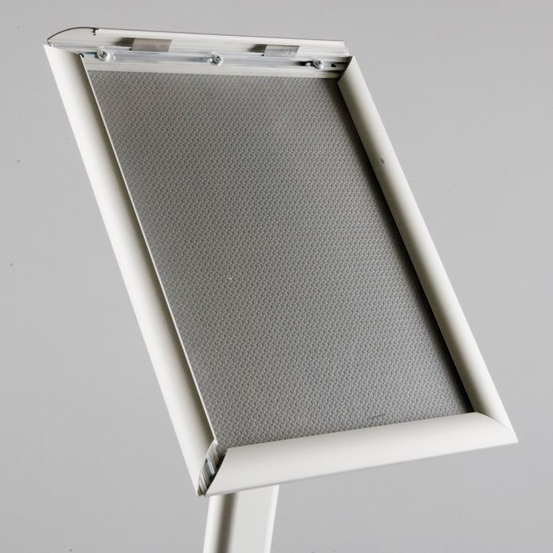 Curved menuboard A4 silver