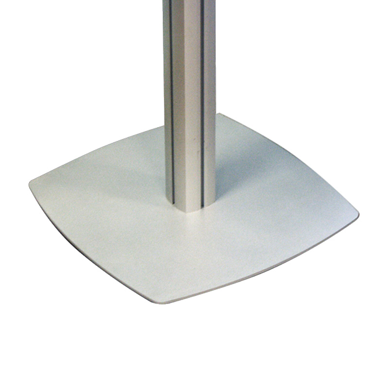 Freestanding pole 4 chanels