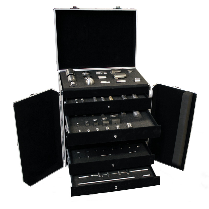 Display and demo roller case 113 pieces