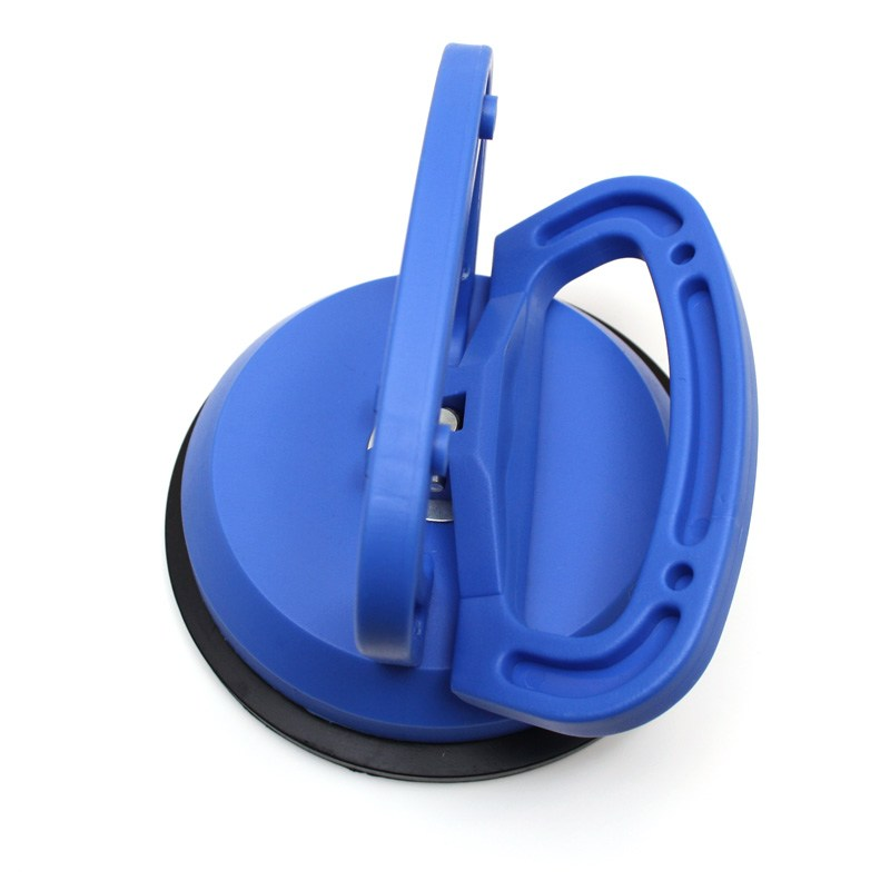 Suction cup with vacuum handle