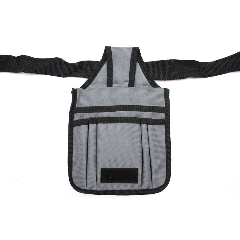 Small waist bag of nylon with ample storage space